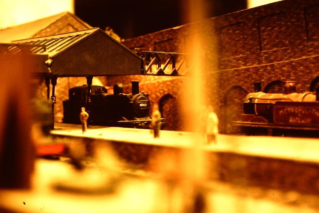Condensing steam locomotives at Kingsgate